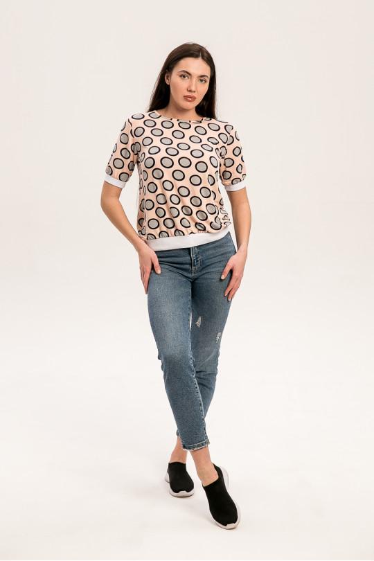 1021-1 - Блузка из облегченной вискозы с коротким рукавом свободного силуэта. По низу блузки и рукавов притачные манжеты. Горловина обтачана бейкой, завязывающейся на спинке.