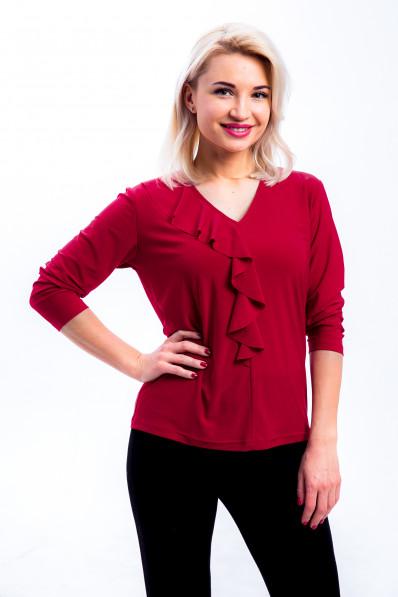 17121-2 - Нарядная блузка с воланом по горловине и центру переда, изготовленная из  шелковистого полотна, украсит любую женщину.