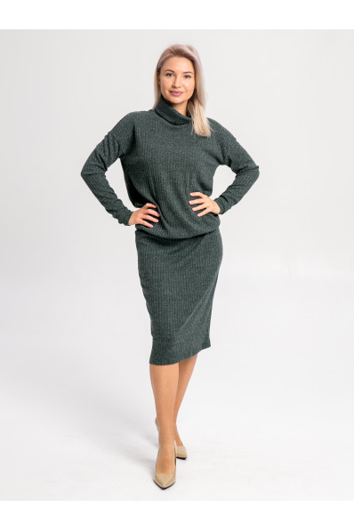 """20111-6 - Платье из полотна типа """"резинка"""" средней плотности подойдет женщине или девушке с любой фигурой. Объемный верх длиной до середины бедра стянут на резинку, которую можно расположить где удобно."""