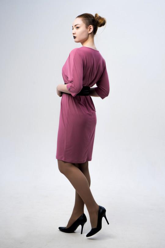 26123-2 - Платье прямого силуэта с цельнокроенным