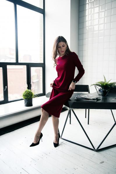 """29111 - Платье из  полотна типа """"резинка"""" прямого силуэта с длинным рукавом, длиной до середины икры, необыкновенно комфортно и пригодится для любого случая."""