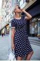 2955-1 - Очень красивое платье в горох с манжетами на рукаве и с круглой горловиной.