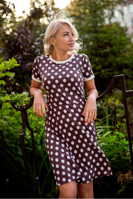 2955-2 - Очень красивое платье в горох с манжетами на рукаве и с круглой горловиной