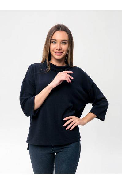 6091-4 - Этот джемпер свободного покроя очень порадует Вас в холодное время. Он теплый , т.к. в составе шерсть, комфортный - т.к. полотно облегченное и универсальный - его можно носить с джинсами, брюками, юбкой. Широкий воротник-стойку можно отворачивать