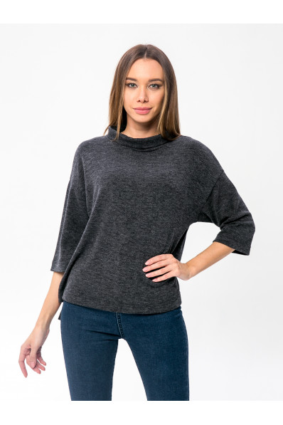 67111-7 - Этот джемпер свободного покроя очень порадует Вас в холодное время. Он теплый , т.к. в составе шерсть, комфортный - т.к. полотно облегченное и универсальный - его можно носить с джинсами, брюками, юбкой.