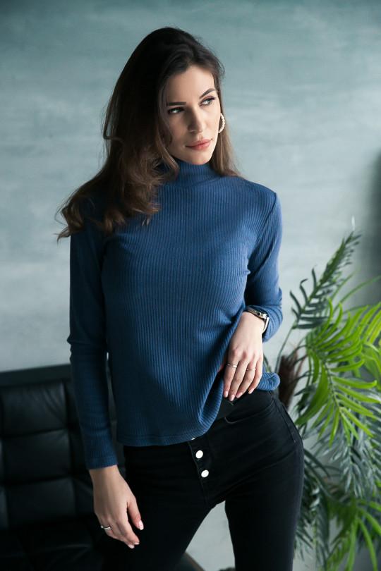 """69111-3 - Джемпер из полотна типа """"лапша"""", выполненный из облегченного нежного полотна, можно носить самостоятельно или под жакет. Воротник стойка."""